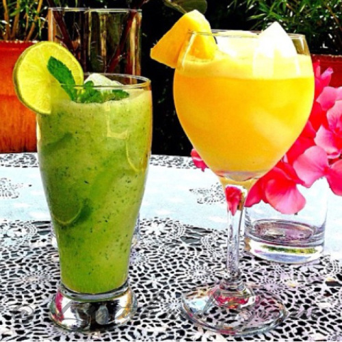 Summer Spritzers!  Perfect Vegan Mocktails featuring real fruit and Sugar-Free!  www.LipstickandBerries.com