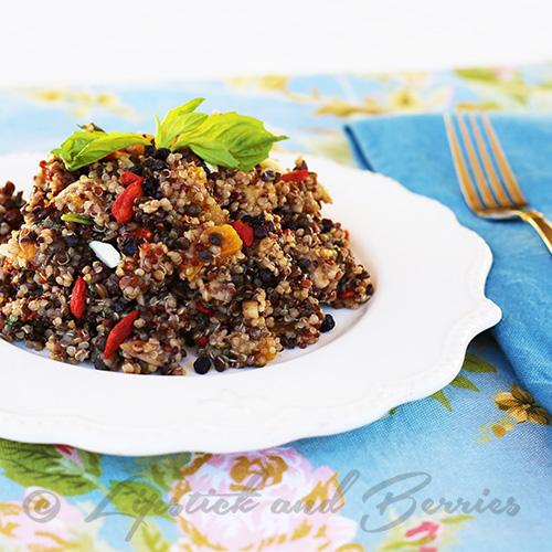Fat Burning Spicy Quinoa Salad!  Salt, Oil, and Sugar-Free Vegan! www.LipstickandBerries.com