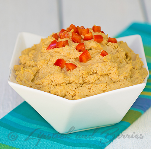 Classic Hummus made without refined oil, salt, or sugar!