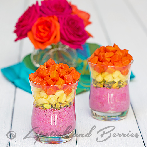 Pink Overnight Oat Fruit Parfait! Free up your morning with overnight oats. Easy recipe! www.LipstickandBerries.com #vegan #sugarfree #breakfast #veganbreakfast